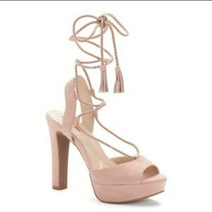 NEW Jennifer Lopez Ricki blush suede heels- 8 1/2